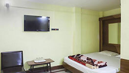 Hotel Dolphin, Digha- Six Bed Room-1