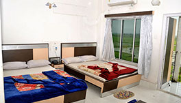 Hotel Dolphin, Digha- Deluxe Four Beded A/C
